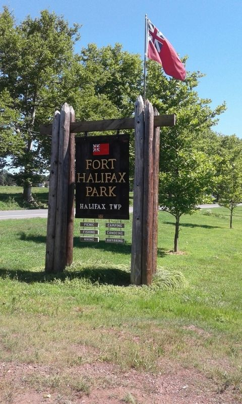 Fort Halifax Park Sign image. Click for full size.