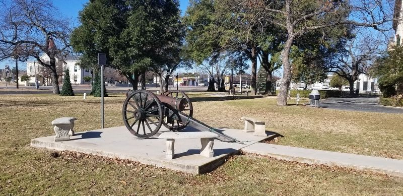 Bocock Civil War Cannon and Marker image. Click for full size.