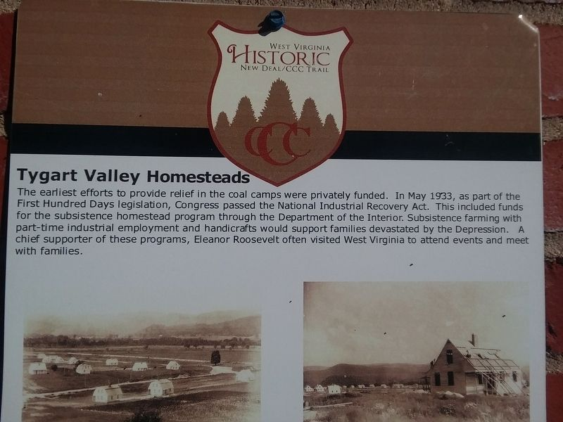 West Virginia Historic New Deal/CCC Trail Marker image. Click for full size.