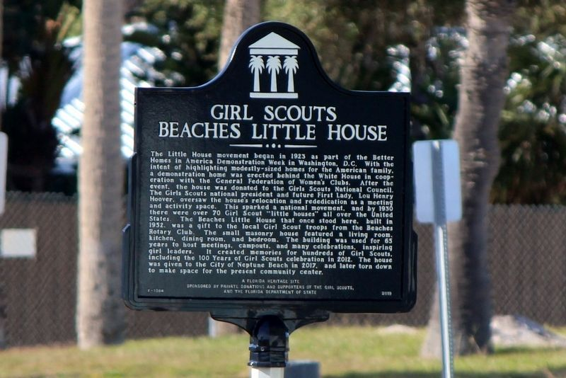 Girl Scouts Beaches Little House Marker image. Click for full size.