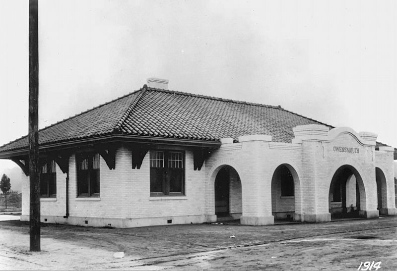 Canoga Park Station - Owensmouth, 1914 image. Click for full size.