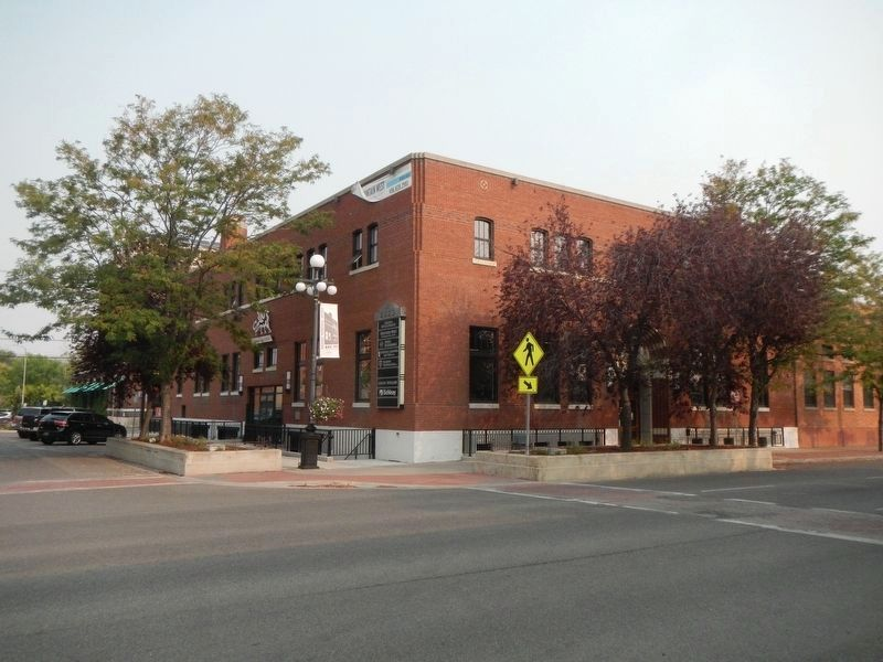 The Sawyer Stores Building image. Click for full size.