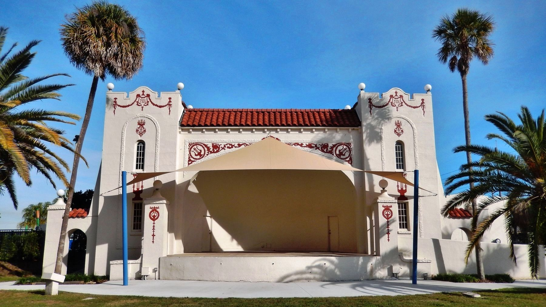Alice B. McClelland Memorial Band Shell image. Click for full size.