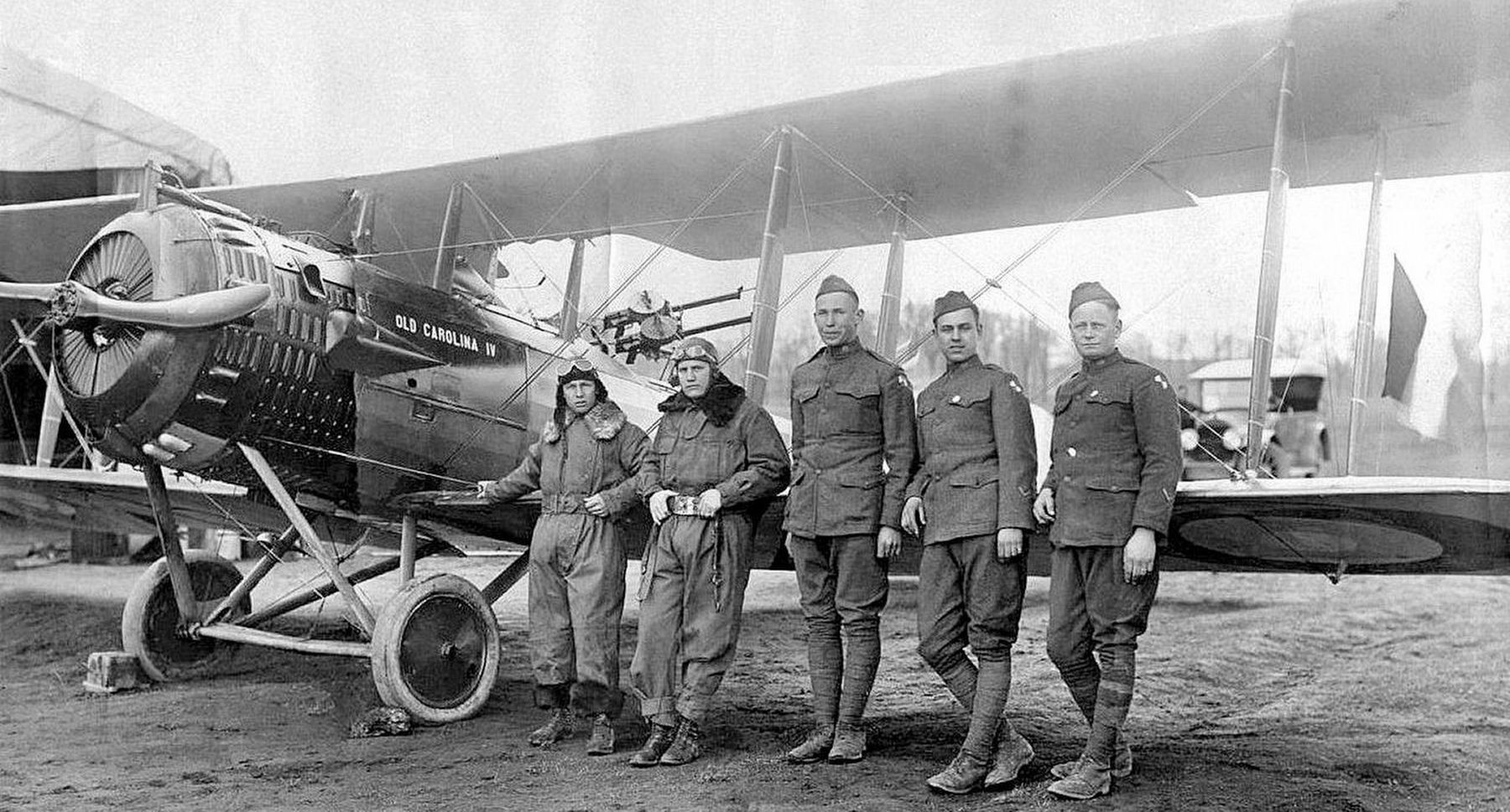 12th Aero Squadron pilots with a Salmson 2A2 image. Click for full size.
