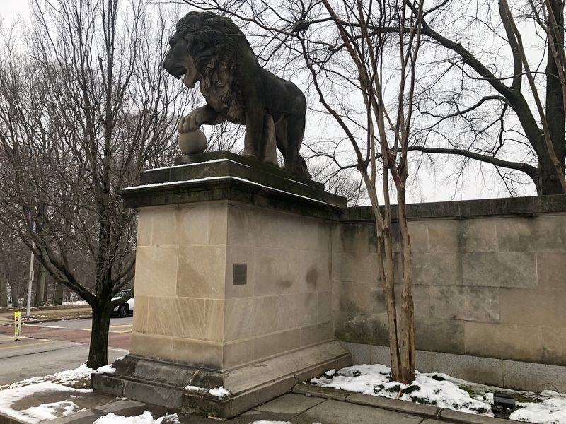 One of the <i>Lion</i> sculptures image. Click for full size.