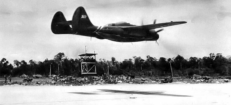 421st Night Fighter Squadron P-61 image. Click for full size.