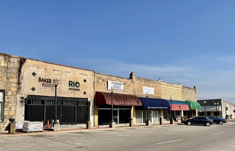 Commercial Historic District along S. Baker St. image. Click for full size.
