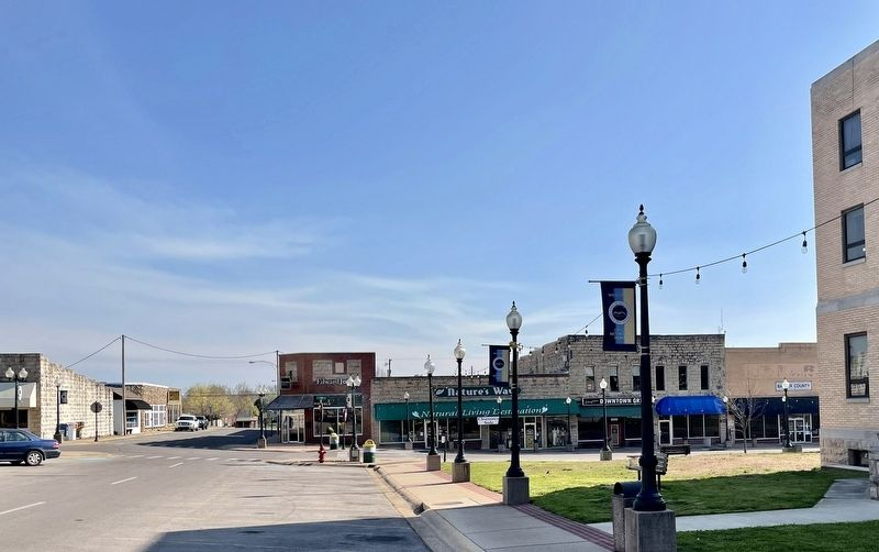 View of Commercial Historic District along E. 7th St. image. Click for full size.