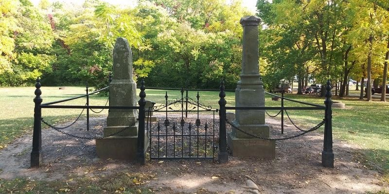 The Lockwoods' Grave Sites image. Click for full size.