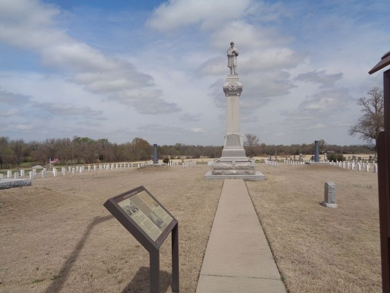 Baxter Springs Soldiers' Lot Marker image. Click for full size.
