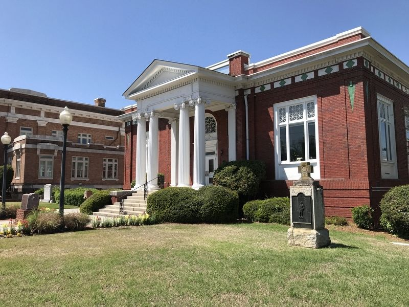 Carnegie Library, Rome, Ga. image. Click for full size.