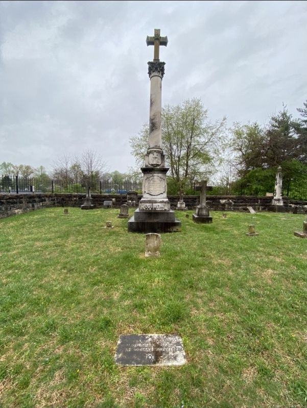John Larue Helm grave (tall grave marker in the background) image. Click for full size.