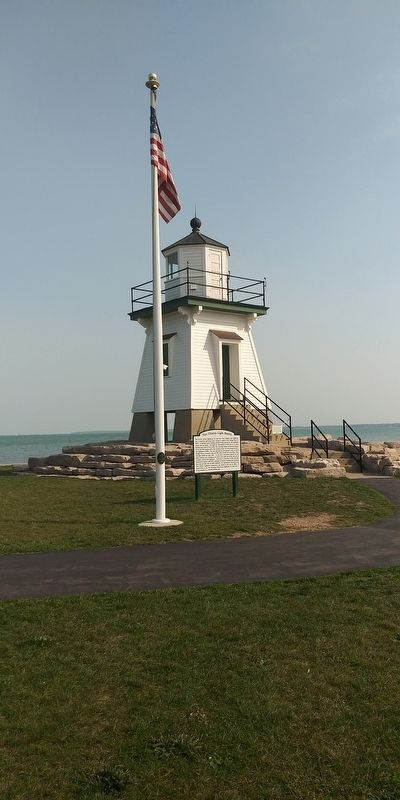 Port Clinton Light Station Marker image. Click for full size.